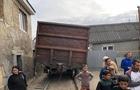 В Ужгороді поліція шукає тих, через кого вантажні вагони з'їхали з рейок