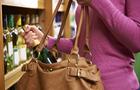 У Мукачеві дві пенсіонерки двічі обікрали один і той же супермаркет