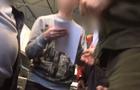 """На КПП """"Ужгород"""" словацькі митники вимагають у водіїв по 20 євро """"на каву"""" (ВІДЕО)"""