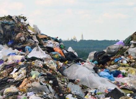 Угорщина ультимативно вимагає від влади України ліквідувати сміттєзвалище на березі Тиси в Закарпатті