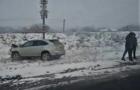 На Тячівщині в результаті ДТП один з автомобілів винесло в кювет
