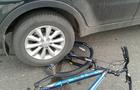 На Мукачівщині автомобіль збив хлопчика на велосипеді