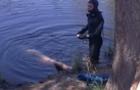 У Мукачеві рятувальники витягли з річки труп