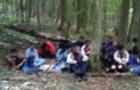 Спецоперація прикордонників на Закарпатті: 24 нелегалів з Азії затримували із застосуванням зброї (ВІДЕО)