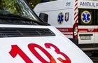 На Виноградівщині лікарі рятують життя чоловіка, на якого напав бик