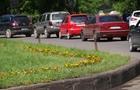 УВАГА! В Ужгороді влада попередила про зміну автомобільного руху на двох площах