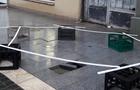 В Ужгороді провалився тротуар на щойно відремонтованій площі (ФОТО)