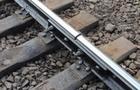 На Хустщині на залізничній колії застряг пасажирський автобус