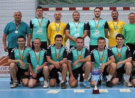 В Ужгороді урочисто нагородили срібних призерів Чемпіонату України з гандболу серед чоловіків