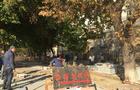 Протесту не вийшло: На акцію проти знищення історичної набережної в Ужгороді прийшло всього з десяток активістів