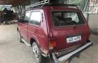 На Закарпатті крадії лісу на джипі протаранили автомобіль лісової охорони