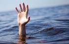 На Закарпатті в басейні потонув чоловік