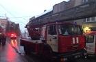 У Мукачеві пожежа в триповерховому будинку (ФОТО, ВІДЕО)