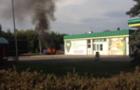 В Ужгороді на заправці згоріла машина. ВІДЕО