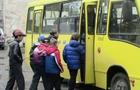 Щоб не було сварок: Як повинні їздити школярі в маршрутках Ужгорода та Мукачева