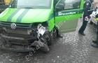 У Мукачеві в аварію потрапив автомобіль інкасаторів