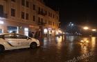 В Ужгороді на площі Петефі автомобіль збив новий ліхтар