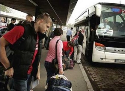 Серед громадян України найбільше прагнуть виїхати за кордон саме закарпатці (ОПИТУВАННЯ)