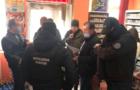 На Березнянщині депутат селищної ради незаконно утримував нелегалів та знущався над ними