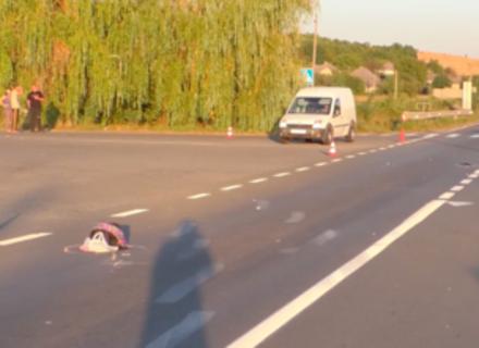 Водій, який насмерть збив школярку, намагався втекти за кордон